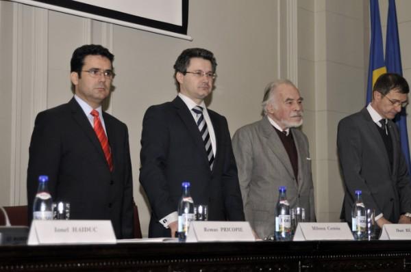 Remus Pricopie, Mihnea Costoiu, Dan Berindei si Ioan Aurel Pop (foto: Florin Eşanu / Epoch Times).