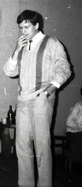 7 noiembrie 1987: Cristi Ștefan, fostul meu coleg de cameră, la cununia mea civilă de la clubul Universitas din Piața Kogălniceanu