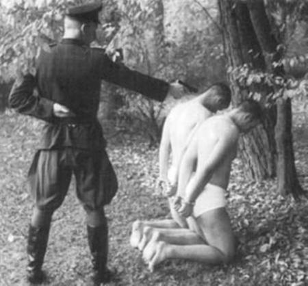 Execuție hortystă a doi tineri români