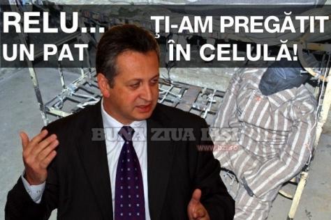"""Pedeapsa lui Fenechiu era previzibilă pentru tot poporul, mai puțin pentru """"tot plagiatorul"""" Ponta!"""