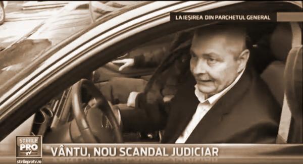 23 ianuarie 2014: Sorin Ovidiu Vîntu, alias CORNEANU SORIN HARALAMBIE, după ce a scăpat de la Parchetul General