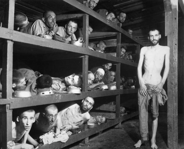 Supravieţuituitori ai Holocaustului (Lagărul din Buchenwald)