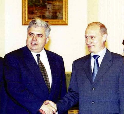 Rusnacul Severin și șeful lui de la Kremlin, mândri că sunt mână'n mână.